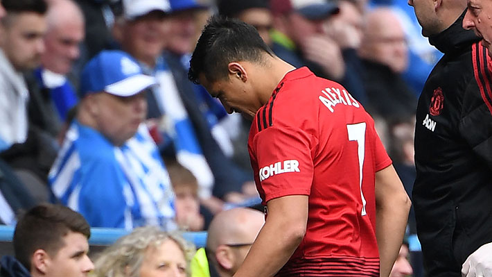 """Más críticas contra Alexis: Lo tildan de """"error costoso"""" y hablan del """"dañino"""" efecto que causó en el camarín del United"""