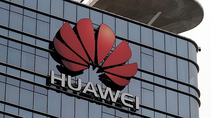 """Golpe a Huawei: Trump prohíbe el uso en EE.UU. de equipos de telecomunicación extranjeros vistos como """"riesgosos"""""""