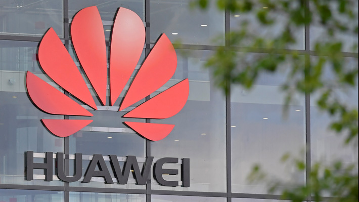 "Huawei califica restricción de Trump como ""irrazonable"" y dice que ""sólo limitará a EE.UU. a alternativas inferiores y costosas"""