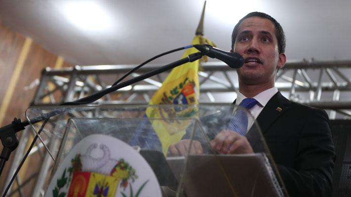 Guaidó confirma que envió representantes a Noruega para posible diálogo con Maduro