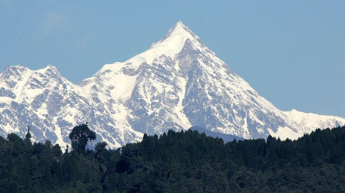 El Kanchenjunga, la cuarta montaña más mortal del mundo y donde está desaparecido el chileno Rodrigo Vivanco