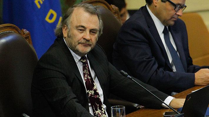 """Pepe Auth advierte a Larraín por administración del 4%: """"Ministro, si no cumple el compromiso vamos a rechazar"""""""