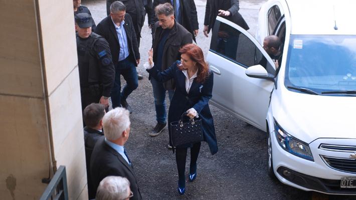 Se da inicio al juicio oral contra Cristina Fernández por presunta corrupción