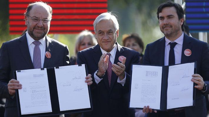 """Ministro Moreno: """"La inmensa mayoría de los chilenos hoy son de clase media"""""""
