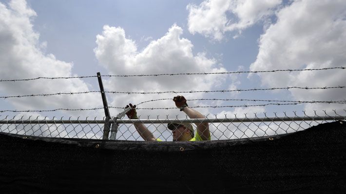 EE.UU. informa que ya son seis los menores migrantes que han muerto bajo custodia federal