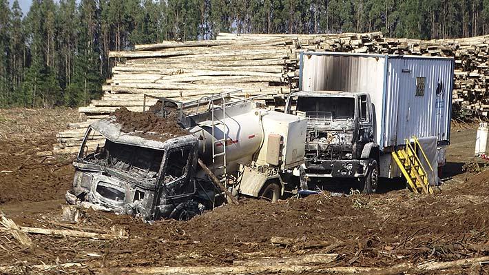 """Dueños de camiones manifiestan preocupación ante ataques incendiarios que """"ya no se limitan a La Araucanía"""""""