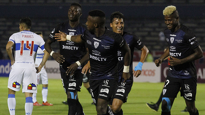 U. Católica sufre humillante e histórica derrota por 5-0 ante Independiente del Valle y suma otra frustración internacional