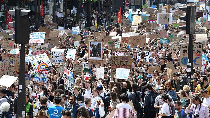 """""""Fridays for Future"""": Jóvenes de más de 100 países marchan para generar conciencia sobre el cambio climático"""