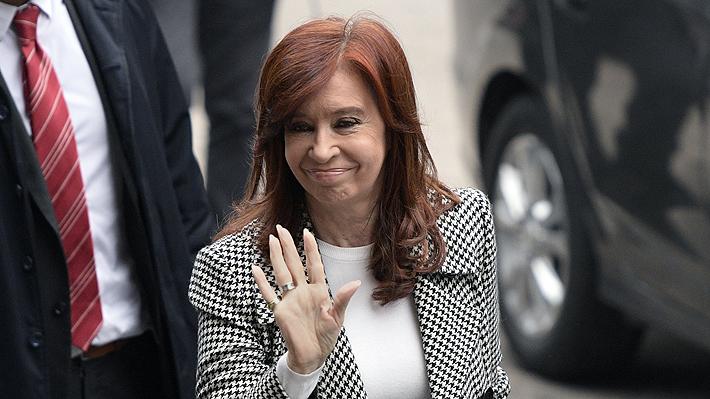 Cristina Fernández acude a segunda sesión de juicio en su contra por corrupción