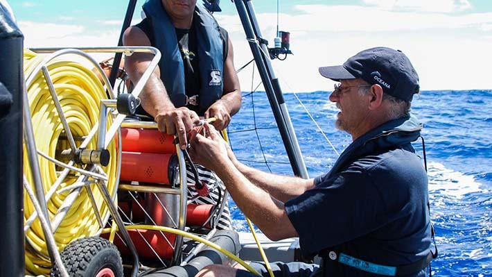 """Las futuras expediciones marinas que buscan desentrañar el """"otro tesoro"""" de Chile"""