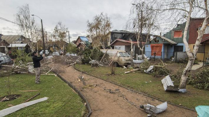 Elevan a Alerta Amarilla en Los Ángeles tras tornado que afectó a la zona