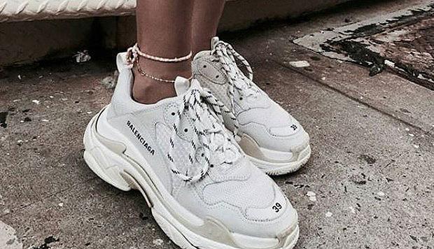 ¿Son perjudiciales para la salud de los pies las populares zapatillas chunky? Experto aclara las dudas