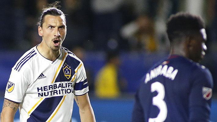 Control con el pecho, media vuelta y chilena.... Mira el extraordinario gol de Ibrahimovic en la MLS