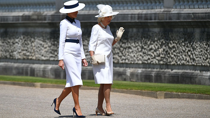 Melania y Camilla eligen el blanco para sus primeros looks en visita oficial de Donald Trump al Reino Unido