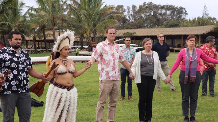 Una antropóloga y una curadora conforman la delegación del Museo Británico de Londres que se encuentra en Rapa Nui