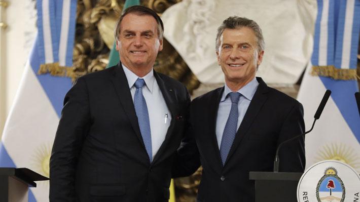 """Bolsonaro se reúne con Macri y llama a los argentinos a votar """"con la razón y no con la emoción"""""""