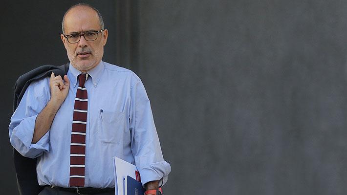 """Ex ministro Valdés cuestiona plan de infraestructura del Gobierno y advierte """"falta de política macroeconómica"""""""