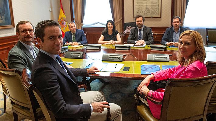 """Vox y PP logran un """"principio de acuerdo"""" para gobernar en localidades españoles donde suman mayoría absoluta"""