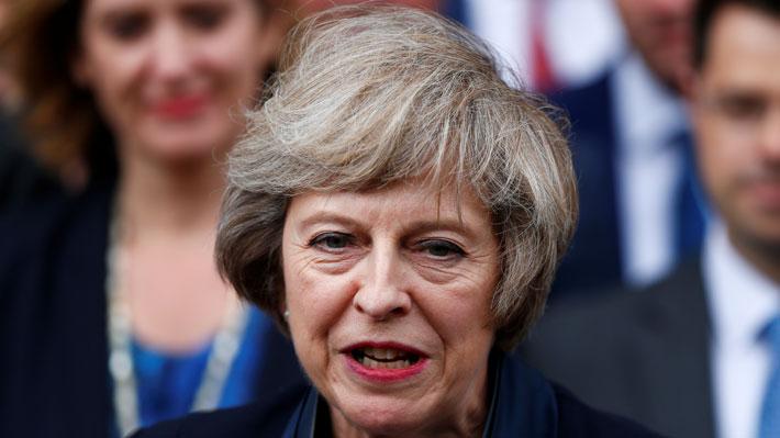 Theresa May notifica su dimisión como líder del Partido Conservador y comienza la búsqueda para sucederla