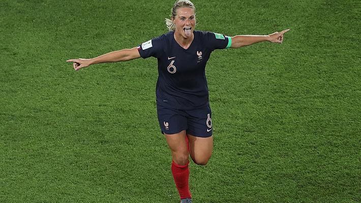 El anfitrión Francia debutó con un sólido triunfo ante Corea del Sur en el Mundial de fútbol femenino