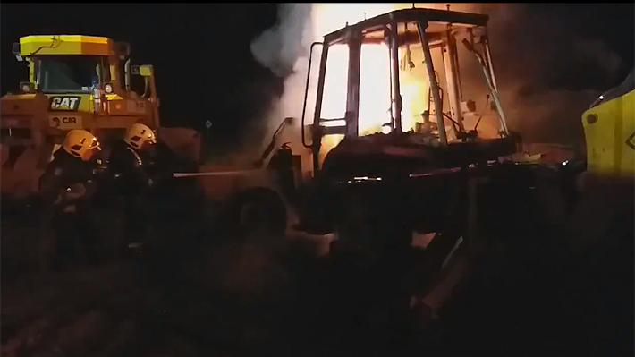 Tres maquinarias fueron quemadas en Collipulli en un nuevo ataque incendiario ocurrido en La Araucanía