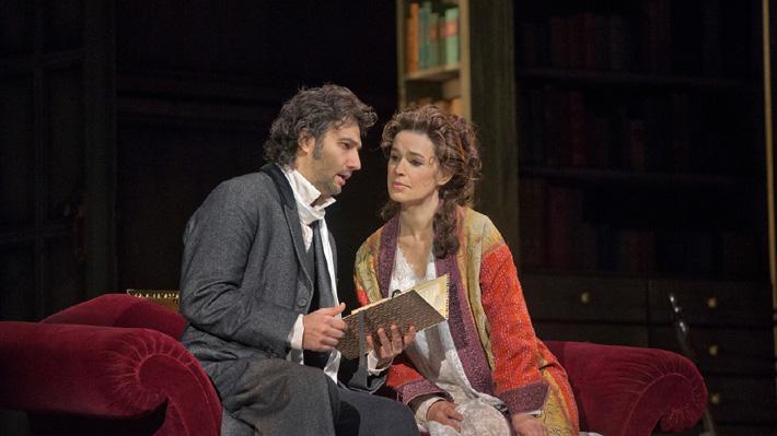 """Sophie Koch, destacada mezzosoprano que vino a Chile: """"No puedo prometer que la ópera seguirá existiendo en 20 o 50 años"""""""