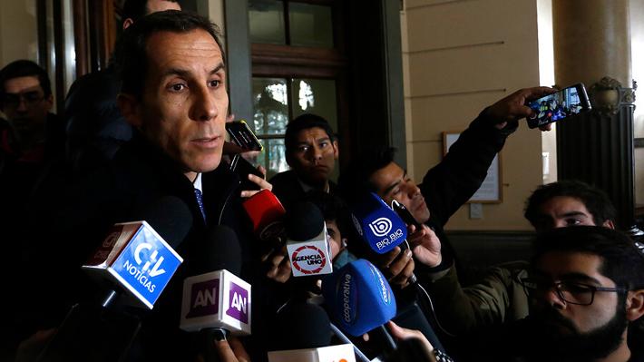 """Alessandri no descarta desalojar el Instituto Nacional si la toma continúa: """"Es un mandato legal"""""""