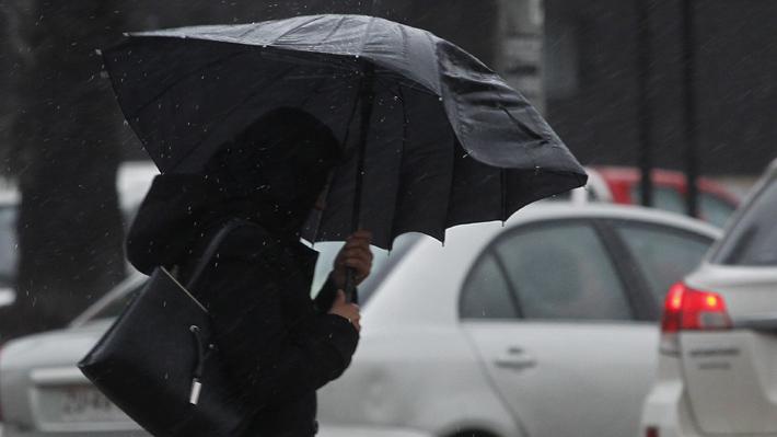Meteorología emite alerta en tres regiones de la zona centro sur del país por vientos de hasta 70 km/h