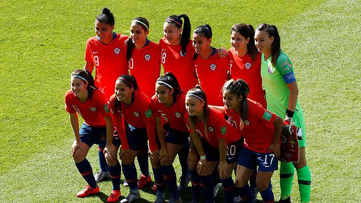 Así fue la histórica y emotiva entonación del himno de Chile en su debut en el Mundial femenino de Francia