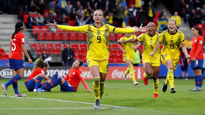 """La """"Roja"""" femenina lucha, pero no le alcanza y cae ante Suecia en histórico debut en un Mundial adulto"""