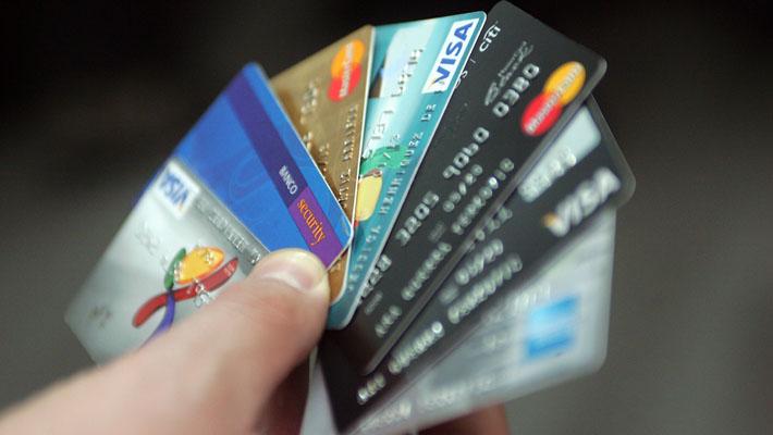 CMF confirma filtración de datos de 41 mil tarjetas de crédito y débito: Entidades activaron protocolos