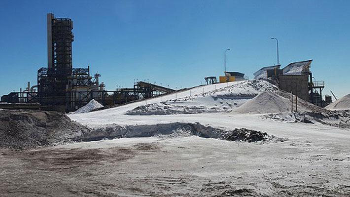 """Chile apuesta a más que doblar la producción de litio para 2023 y destacan que mercado """"crece a niveles astronómicos"""""""