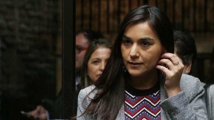 """Colegio Médico critica llamado del Minsal a vacunarse contra la influenza sin claridad en el stock: Se crea """"histeria colectiva"""""""