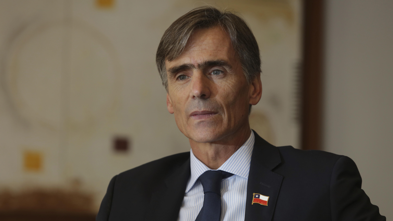 """Valente admite que le daría """"lata"""" dejar el gabinete y que tendría frustración que se truncara su proyecto"""
