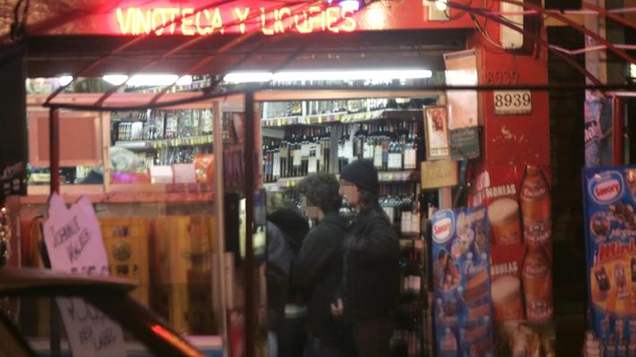 Lavín afina brigada de menores para fiscalizar venta de alcohol: Estaría integrada por jóvenes de entre 16 y 17 años