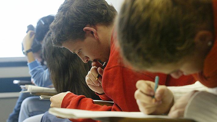 Prototipo para reemplazar la PSU logra reducir la brecha entre los distintos tipos de colegios