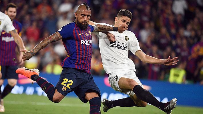 Medio español asegura que Vidal aún no alcanzaría nivel de intransferible y que el Barça podría abrirse a escuchar ofertas