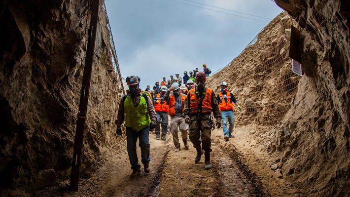Intendente de Antofagasta asegura que aún no se logra un contacto verbal con los mineros atrapados en Tocopilla