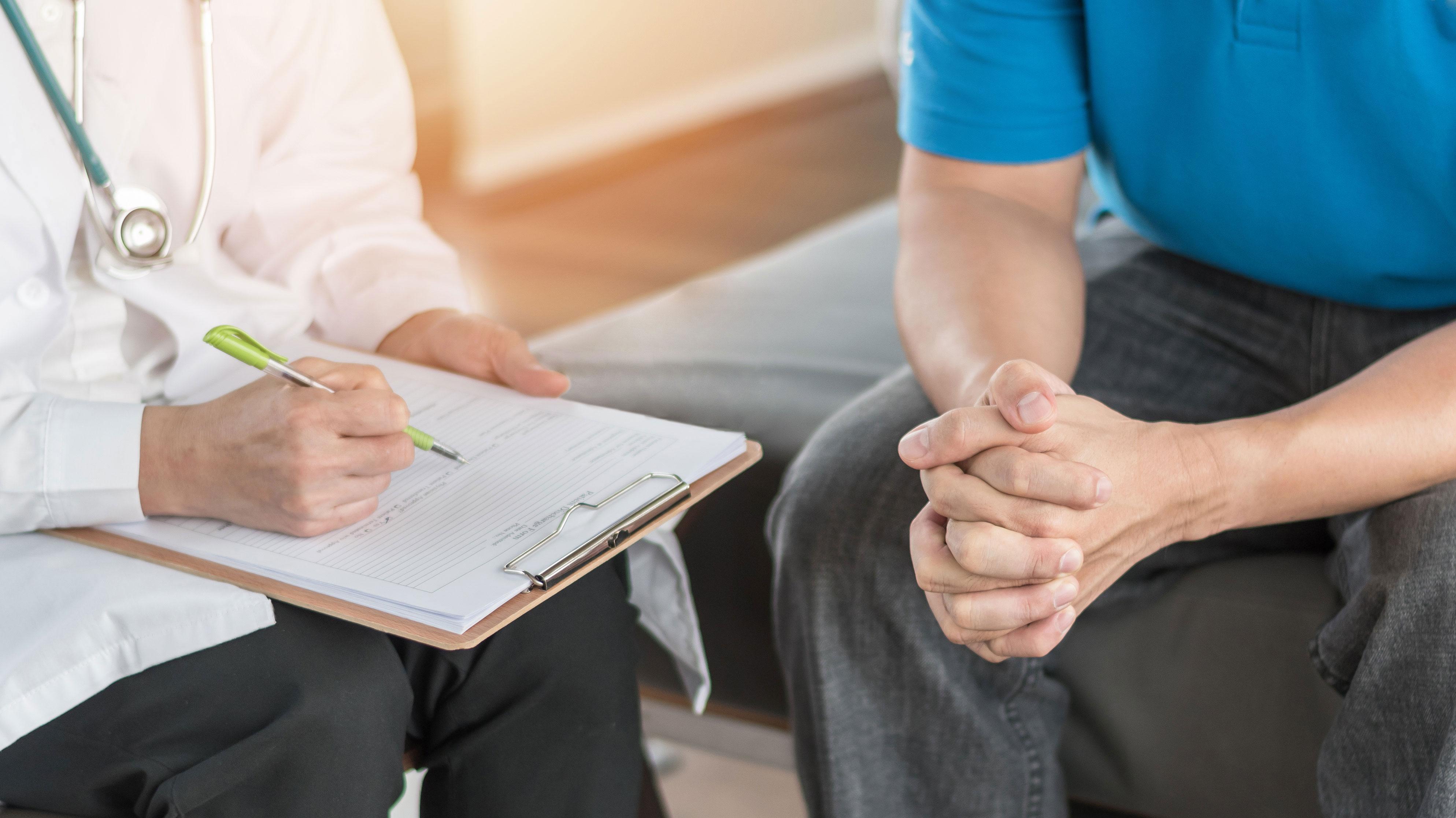 Cáncer de próstata al alza: Especialista recalca la importancia de detectar a tiempo la enfermedad