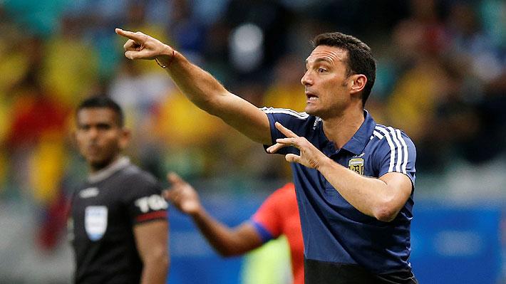 DT de Argentina valoró lo hecho por su equipo pese a la caída ante Colombia y criticó duramente el estado de la cancha
