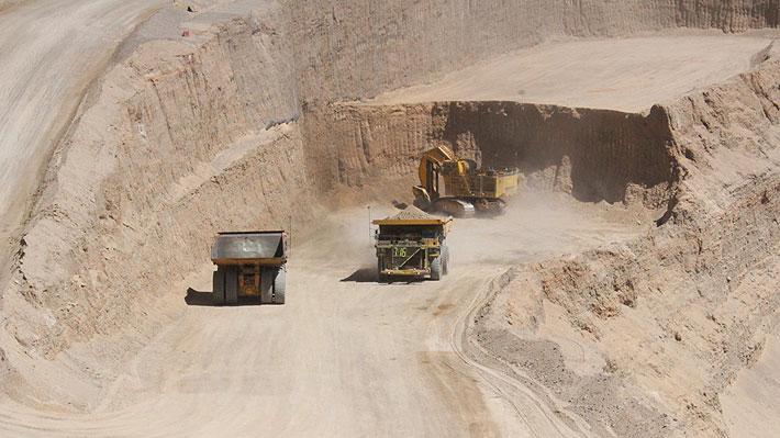 Codelco presenta nueva oferta a trabajadores en huelga de Chuquicamata y mantiene bonos por $14,1 millones
