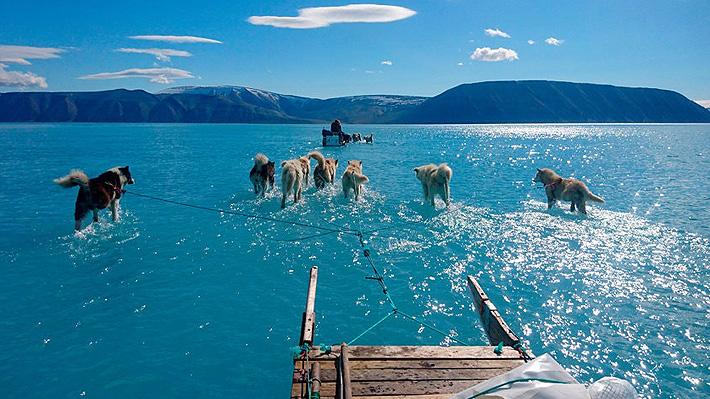 Magnífica fotografía deja en evidencia el preocupante derretimiento del hielo en Groenlandia
