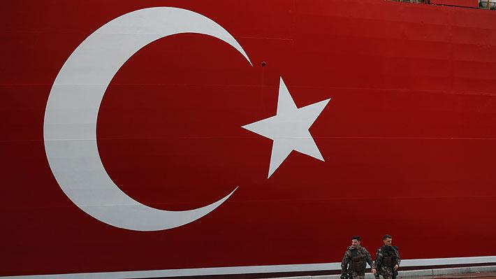 Justicia turca condena a 141 cadenas perpetuas a 16 altos mandos del Ejército por fallido golpe de Estado