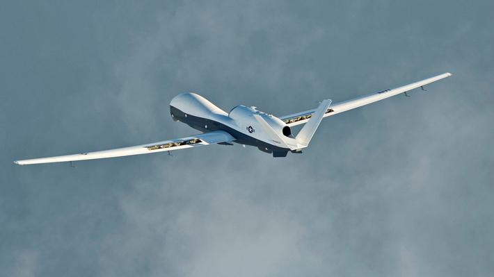 Estados Unidos niega que dron derribado estuviera sobrevolando territorio iraní