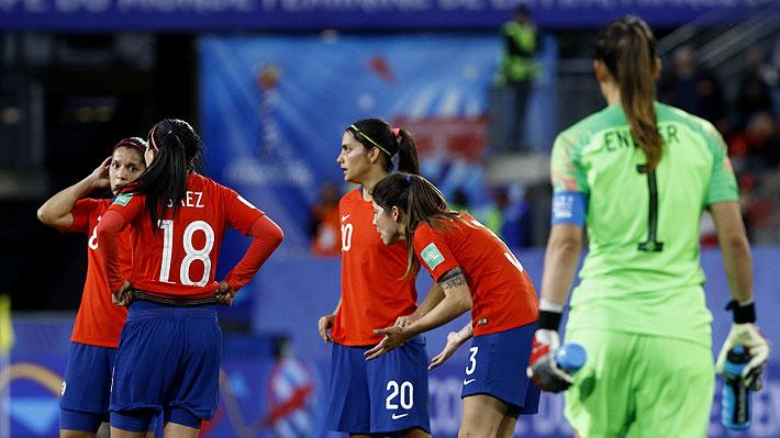 Chile estuvo a un gol de conseguir histórica clasificación y en un final de infarto terminó quedando fuera del Mundial femenino