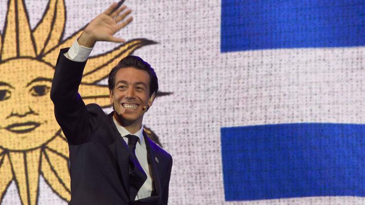 """Joven, """"outsider"""" y multimillonario: Juan Sartori protagoniza las primarias presidenciales de Uruguay rodeado de polémicas"""