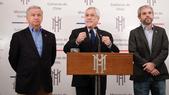 """Piñera destaca acuerdo con la DC por modernización tributaria y confía lograr uno """"equivalente"""" en reforma a pensiones"""
