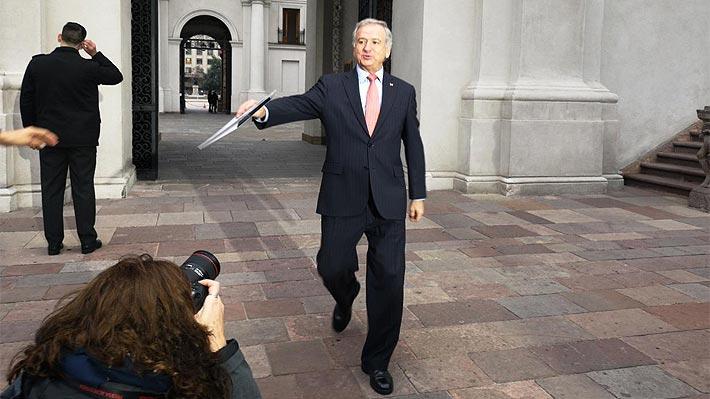"""Larraín ante incomodidad DC por presencia de Piñera en firma de protocolo: """"Lo importante es el acuerdo, no las anécdotas"""""""