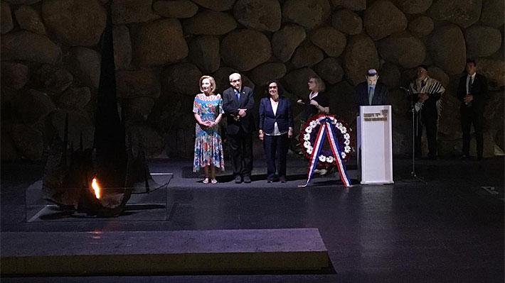 """Piñera visita Museo del Holocausto Yad Vashem: """"Que este sacrificio y este recuerdo nos hagan valorar siempre la paz"""""""