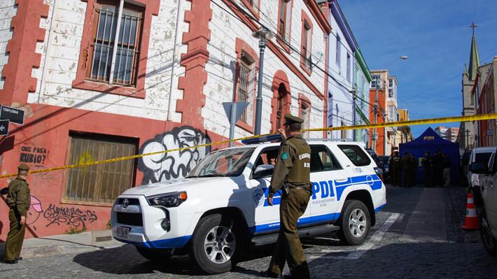 Detienen a dos personas por su presunta participación en asesinato de turista canadiense en Valparaíso